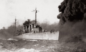 USS-Lea_(DD-118)_laying_smoke_screen_c1921