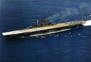 USS-Saratoga_CV-3_underway_1942